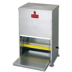Supreme Poultry Treadle Feeder